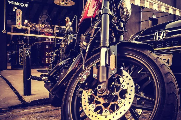 Top 5 Best Chain Locks for Your Motorcycle • (2020 Reviews)