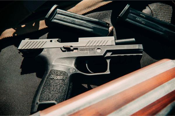Top 5 Best Under-Bed Gun Safes for Long Guns & Pistols (2021)